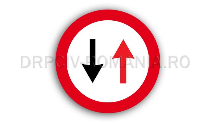 DRPCIV - Prioritate pentru circulaţia din sens invers